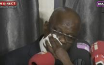 Émouvant: Ce père d'un étudiant coincé à Wuhan craque et fonds en larmes « Na Macky Sall Jeuli Xaleyii »